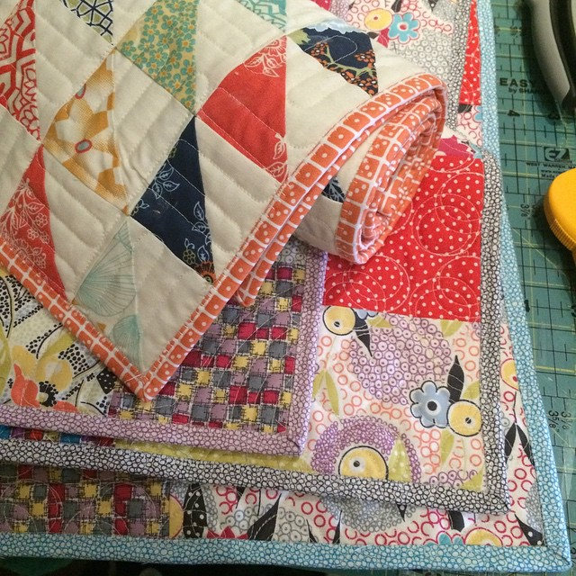 Fat Quarter Table Runners - AmysCreativeSide.com