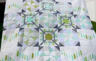 Think Big Quilt-Along : Quilt Top - AmysCreativeSide.com