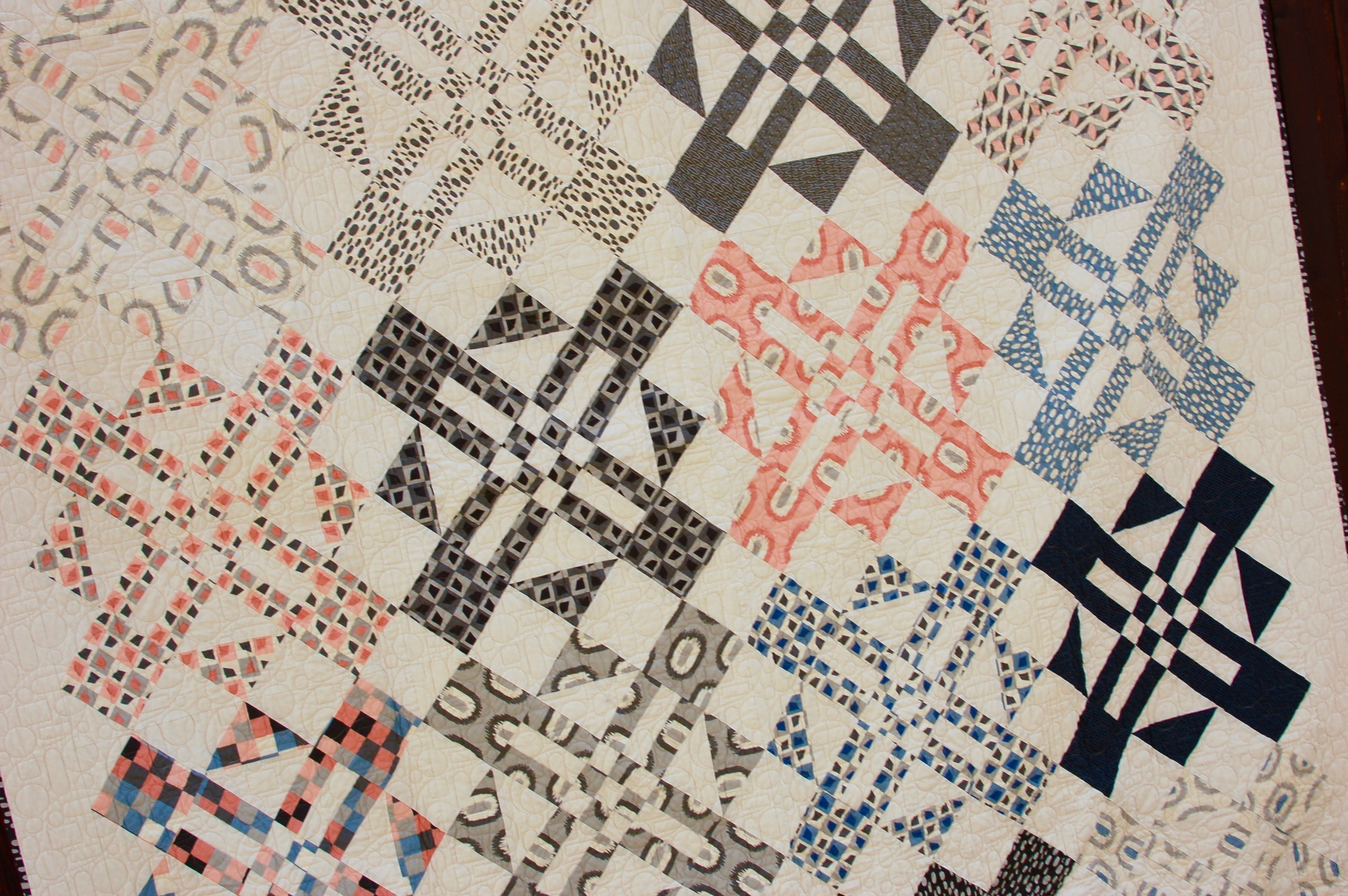Turnstyle - Fat Quarter Quilt Pattern by Amy Ellis #showmethemoda - AmysCreativeSide.com