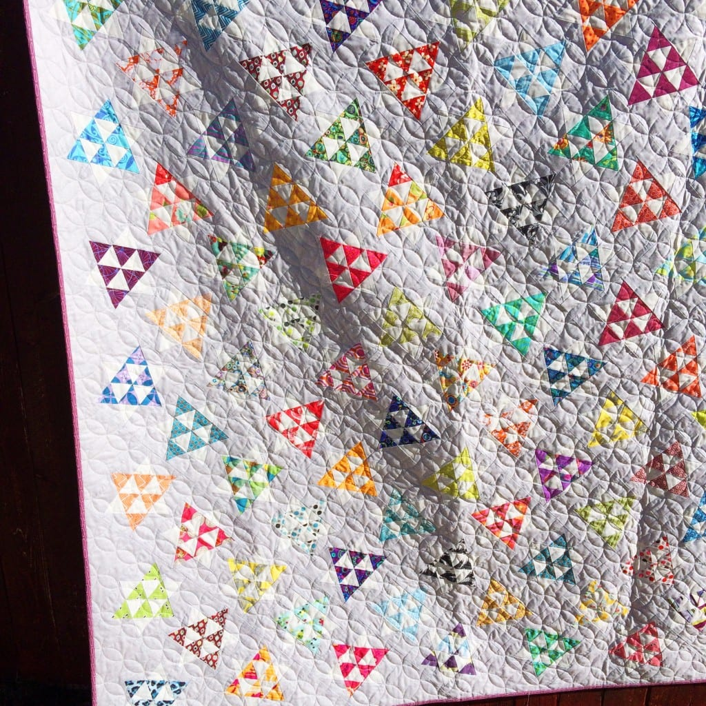 Dancing Stars - FREE Quilt pattern - AmysCreativeSide.com