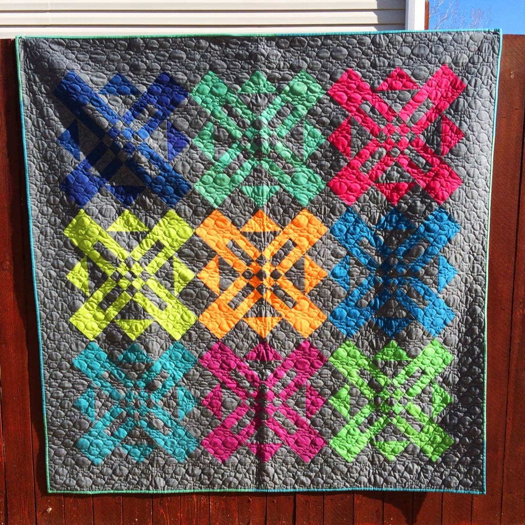 Turnstyle quilt pattern by Amy Ellis in Moda Cross Weave fabrics - AmysCreativeSide.com