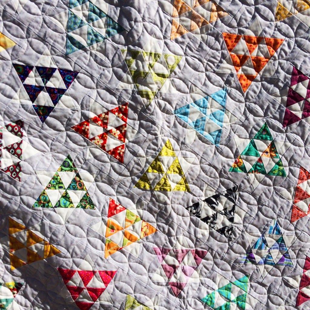 Dancing Stars - FREE Quilt pattern - AmysCreativeSide.com