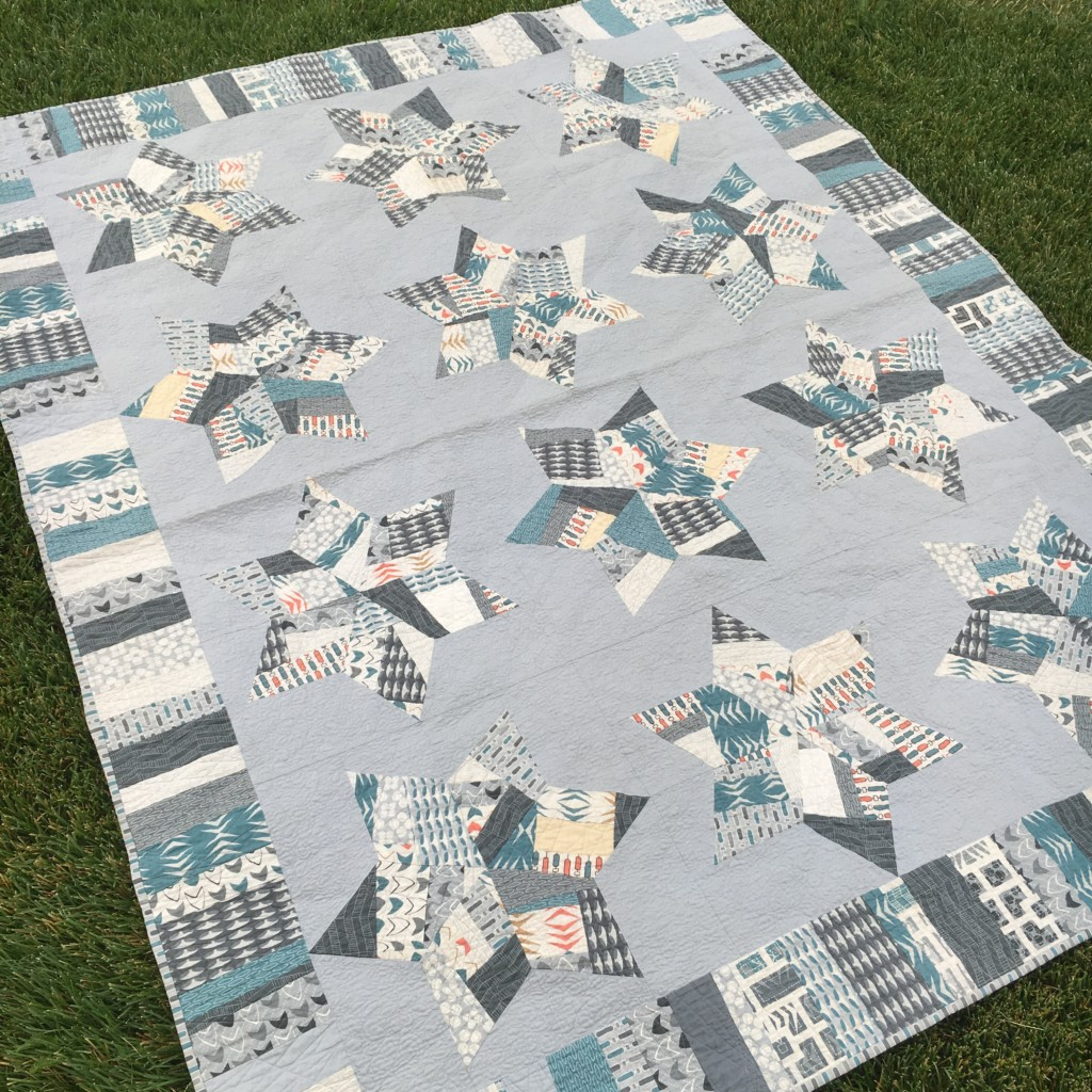 "Splendid Stars Quilt - ""made fabric"" stars set in a soft grey background - amyscreativeside.com"
