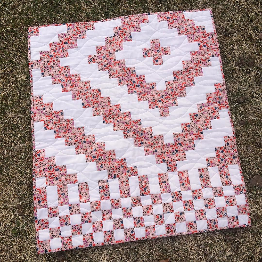Fundamentals Quilt in Floral